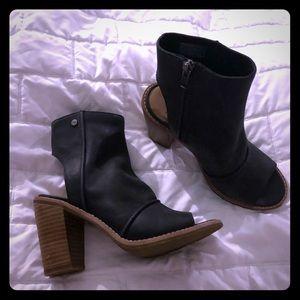 Ugg Valencia Peep-toe booties